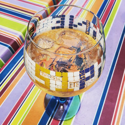#oklm #apéro #coloré #bistrot #Paris #summer #été #lamiGeorges #café #piscinederosé #vin #rosé #wine #alcool