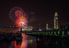 Montreal International Fireworks Competition 2015 (Roaming the World) Tags: quebec montreal firework montrealoldport montrealsummer montrealinternationalfireworkscompetition2015