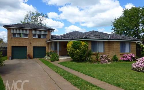 4 Burrebury Crescent, Orange NSW 2800