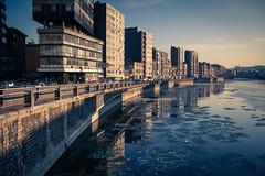 Frozen City / Ville gelée... (Gilderic Photography) Tags: froid liege belgium belgique belgie river frozen cold winter ville canon 500d gilderic