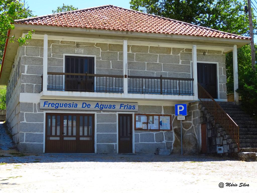 Águas Frias (Chaves) - Edifício da Junta de Freguesia