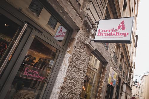 Carry Bradshop, Lyon