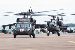 RAF Fairford 2015 : US Army UH-60A+ 87-24614 & AH-64D 09-05580 (Hermen Goud Photography) Tags: canon photo aircraft aviation airshow 2015 airfields raffairford eos50d vliegvelden riat2015