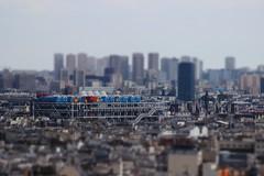 Centre Pompidou (StephanExposE) Tags: paris iledefrance france canon 600d 70300mm montmartre toit batiment ville city stephanexpose