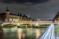 Palais de la Cité, Paris, France (Julien CHARLES photography) Tags: concergierie eiffeltower europe france hdr laconciergerie laseine palaisdelacité paris toureiffel bridge carlight carlighttrails cartrails filé longexposure night nuit pont pontauchange poselongue quai quaideseine