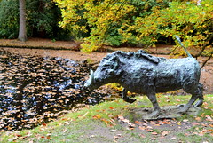 Wild Boar (Tony Worrall) Tags: palace place sculpture statue art view event show exhibition location chatsworthhouse gardens items photos derbys derbyshire devonshire uk england english scene nice beauty sale beyondlimits sothebysbeyondlimits beyond limits the landscape british 19502016 chatsworth house outdoors arty