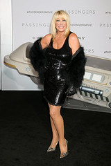 Suzanne Somers (My favourite beauties) Tags: suzannesomers sexy sex milf gilf cougar mature hot tits breasts legs beautiful stunning