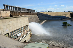 Hume Weir NSW (PhotosbyDi) Tags: humeweir nsw albury reservoir water catchment watersupply weir nikond600 nikonf356628300mmlens lakehumensw