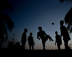 Futsal (gheckels) Tags: sillouette silhouette futsal football kickabout play tropical myanmar yangon myanmarstreetphotography myanmartravelphotography yangonstreetphotography yangontravelphotography candid streetart streetshot southeastasia heckelsphotography noir sunset wharf docks 5aside