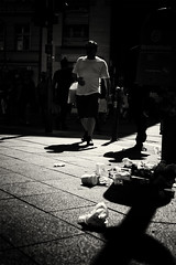 Bangui (Muao) Tags: street streetphotography monochrome monochrom blackandwhite noir berlin mitte friedrichstrase leica m8 leicam8 voigtländer colorskopar 35mm