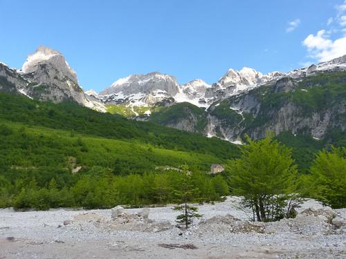 Albán-Alpok a Burimi Hotelnél