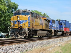 Today's  KG4LB on the BNSF Chillicothe Sub through Mazon IL. 6/9/15 (AdamElias14) Tags: unionpacific olympictorch up2002 bnsfchillicothesub 5000thgevo up7964