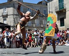 Arde Lucus ( Lugo 2015 ) (Luis Diaz Devesa) Tags: red espaa spain europa romano galicia galiza lugo lucha tridente gladiador ardelucus luisdiazdevesa