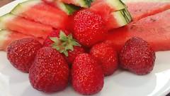Erdbeeren & Melone (ThomasKohler) Tags: food fruit essen strawberry foodporn melon erdbeere lecker obst melone