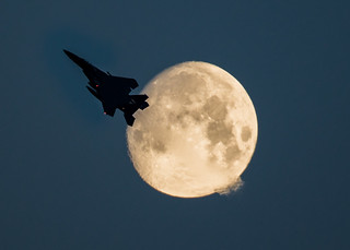 Fly Me To The Moon!!