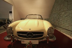Faradiba's car - 1959 Mercedes Benz (blondinrikard) Tags: travel iran tehran teheran saadabad 2015 thesaadabadpalace