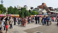 Sens-ji (lstr  clonn) Tags: festival japan sensoji tokyo  nippon asakusa matsuri japon sanjamatsuri japn   sensji japan2015