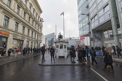 CheckPoint Charlie (Noémie.dl) Tags: berlin new year nouvel an 2016 2017 architecture colours colors nb black white reichstag allemagne germany hockey wall mur winter christmas noel