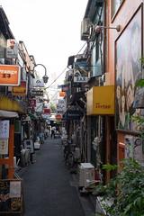 Golden Gai (Dominic Sagar) Tags: 2016 fujifilm goldengai japan street t050 t100 t200 xt1 alley narrow shinjukuku tōkyōto jp