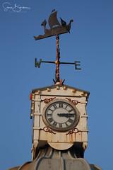 Viking Bay 4 20170122 (Steve TB) Tags: vikingbay broadstairs canon eos5dmarkiii clocktower weathervane
