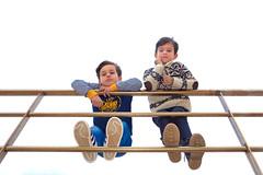 2017-01-29 14 27 57 (Pepe Fernández) Tags: contrapicado danielxabi niños baranda barandilla