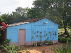 "Une maison au Paraguay <a style=""margin-left:10px; font-size:0.8em;"" href=""http://www.flickr.com/photos/83080376@N03/18609889615/"" target=""_blank"">@flickr</a>"