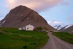 (giuli@) Tags: color colour digital iceland hostel colore midnightsun westfjords islanda ostello soledimezzanotte flateyri giuliarossaphoto noawardsplease nolargebannersplease korpudalur fujinonxf35mmf14r fujifilmxe1