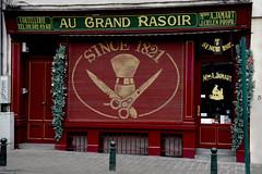 Since 1821... (ericbaygon) Tags: rasoir barbier barber shop vintage oldschool brussel bruxelles d750 nikon belgique belgium belgie fx
