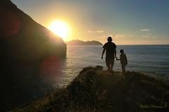 Lo mejor del paseo en Sonabia. (P.H.F.) Tags: sonabia oriñón lo mejor del día una vista la esperanza luz libertar puesta de sol atardecer siluetas paisaje