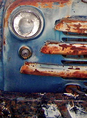 truck1.jpg (pixability) Tags: blue favorite color truck rust close age allrightsreserved pixability bgoldman