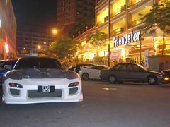Racer Nites Friendster Cafe Restaurant Damansara Perdana (Trio Concept) Tags: racer nites friendster cafe restaurant damansara perdana sport car nite malaysia
