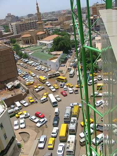 Jerks actually reduce the risk of traffic jams