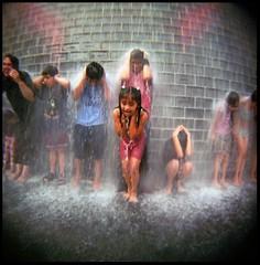 SCREAM (candersonclick) Tags: chicago water holga toycamera journal fisheye scream summertime millenniumpark plasticcamera 2005yoursinglebestphoto