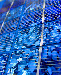 Celle fotovoltaiche Mitsubishi - Foto: Clearly Ambiguous su Flickr