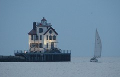 The Lorain lighthouse (ronnie44052) Tags: lorain lighthouse lakeerie greatlakes sailboat lighthouses