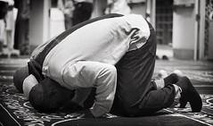 Entreating (Ali Brohi) Tags: people usa respect god praying mosque bow muslims salat prayers allah sajdah seedingchaos moazzambrohicom httpwwwmoazzambrohicom wwwmoazzambrohicom