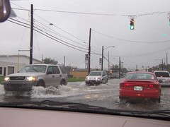 Bridge Street (US 17) (General Wesc) Tags: flood cars uploadedbyluca washingtonnc