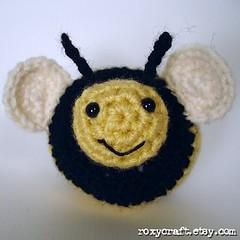 bee front (Roxycraft) Tags: amigurumi softies plush mos crochet handmade