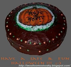 halloween 'trick or treat' cake (woolloomooloo) Tags: woolloomooloo food cake dessert halloween ikitchen trickortreat pumpkin homemade