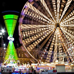 Fun in AmsterDam (josef.stuefer) Tags: city longexposure urban motion blur netherlands colors amsterdam wheel night fun evening traffic dam capital fair spinning citycenter shimmer spectacle benelux josefstuefer