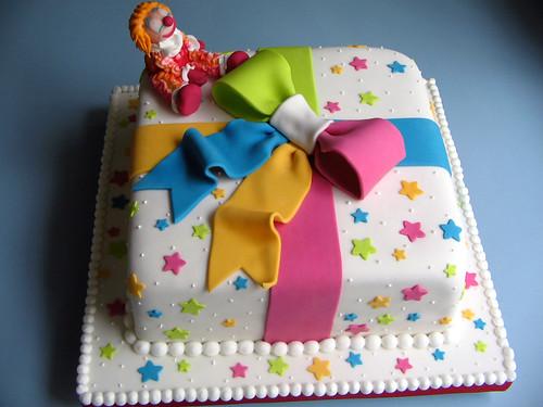 Bolo Caixa de presente by Djalmma Reinalldo (Cake Designer)