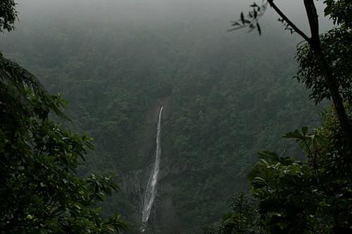 Waterfall and itinerary