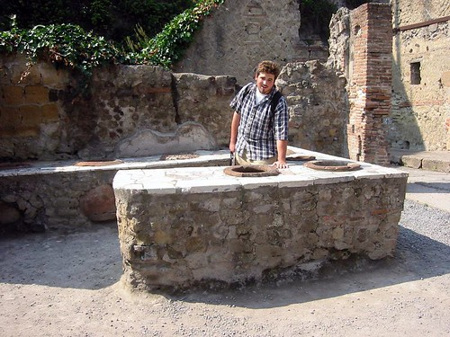 husbear at a roman snack bar, herculaneum