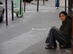 Paris 18e november112 (Julie70 Joyoflife) Tags: 2005 life november people paris france market photos images mc negativespace 75018 paris18e 18e mc05negativespace ruepoteau copyrightjuliekertesz