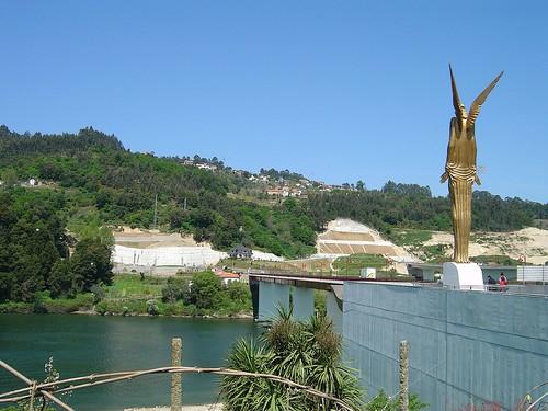 Memorial da tragédia de Entre-os-Rios - Portugal