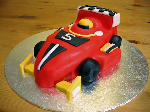 birthday cake for boys. cake for oys of any age…