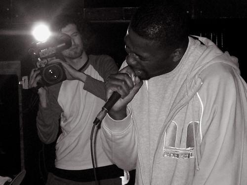 11-22-05 The Genius - GZA @ Crash Mansion (8)