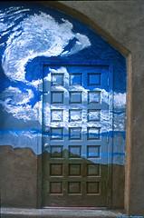 Clouddoor (Zzzzt!Zzzzt!) Tags: door entrance doorsandwindows nikonn90s doorseries