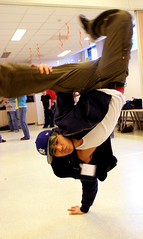Freeze (Bjrnar Tollaksen) Tags: freeze breakdancing breakdancer breaking impuls impuls2006