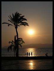 El Arenal sunset (Romeodesign) Tags: sunset sea searchthebest palm mallorca breathtaking elarenal 25faves mywinners diamondclassphotographer flickrdiamond colourartaward platinumheartaward